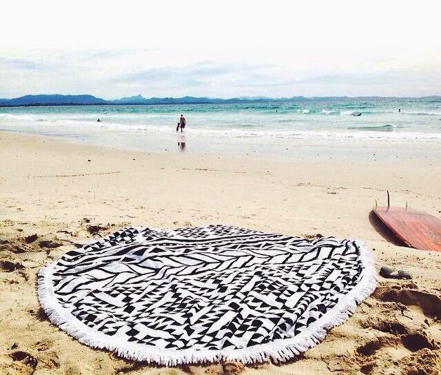 round beach 4