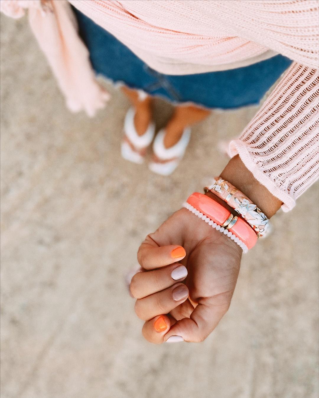 La manicura de la temporada es con colores flúor